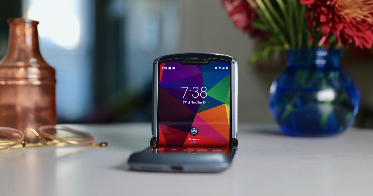 Motorola Razr 2020 review: The iconic flip phone has done it again, this time with 5G