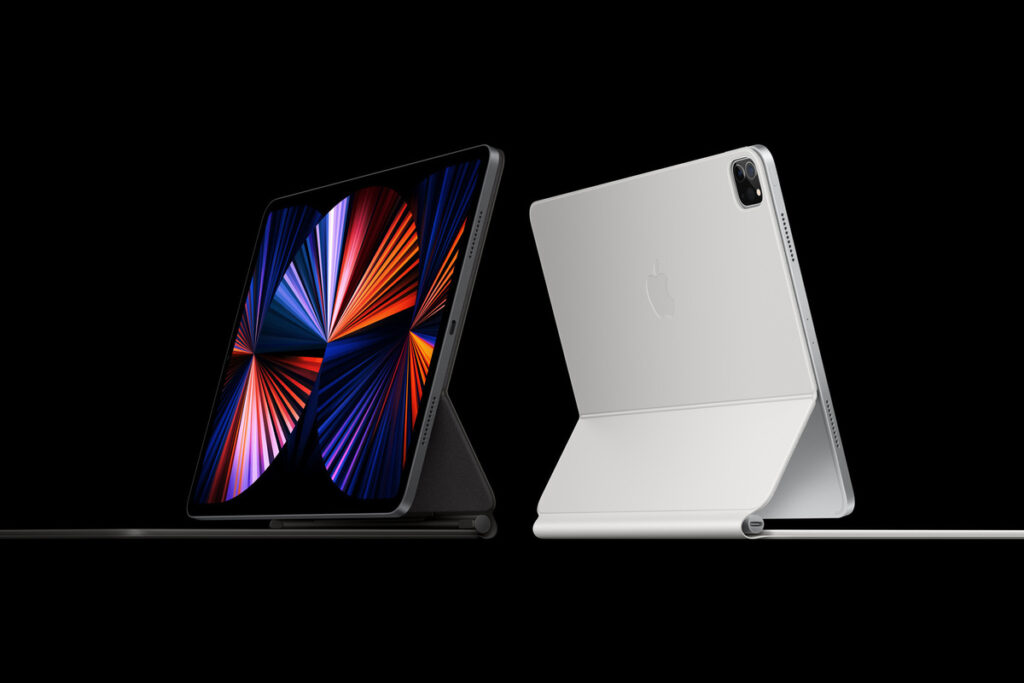 Apple M1 iPad Pro (2021) vs. Surface Go 2 and Surface Pro ...