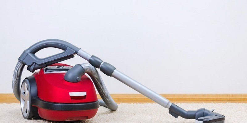 Top 8 Best Vacuums For Long Hair Reviews For 2018