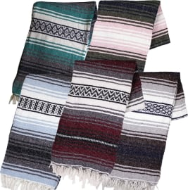 The 10 Best Mexican Blankets 2020