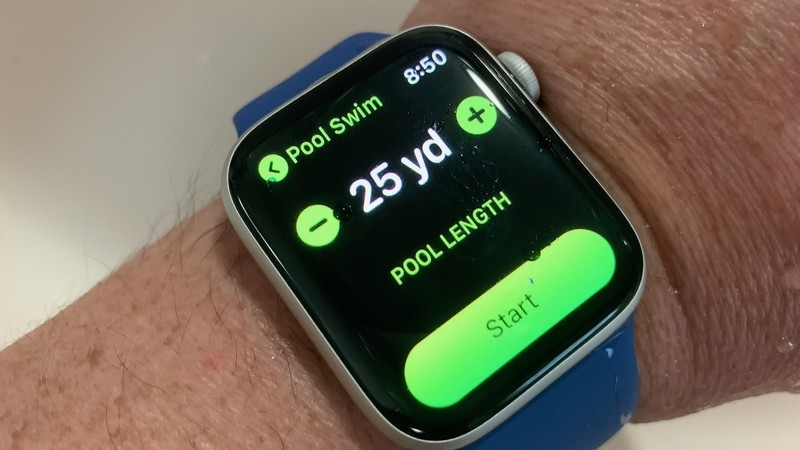 Best Apple Watch for Swimming in 2020