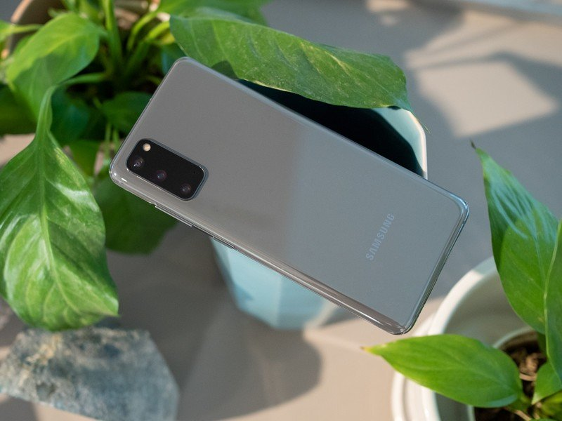 Best Heavy-Duty Cases for Galaxy S20 in 2020
