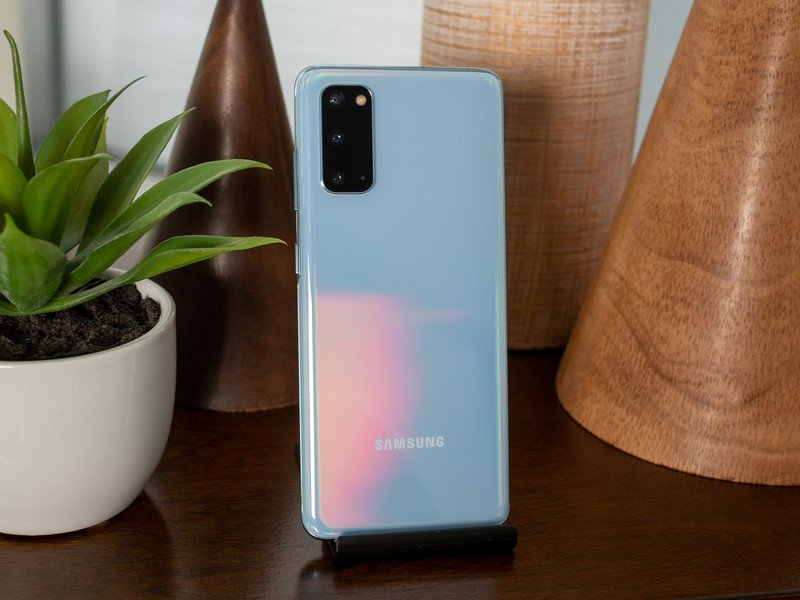 Best Phone Armbands for Galaxy S20 in 2020