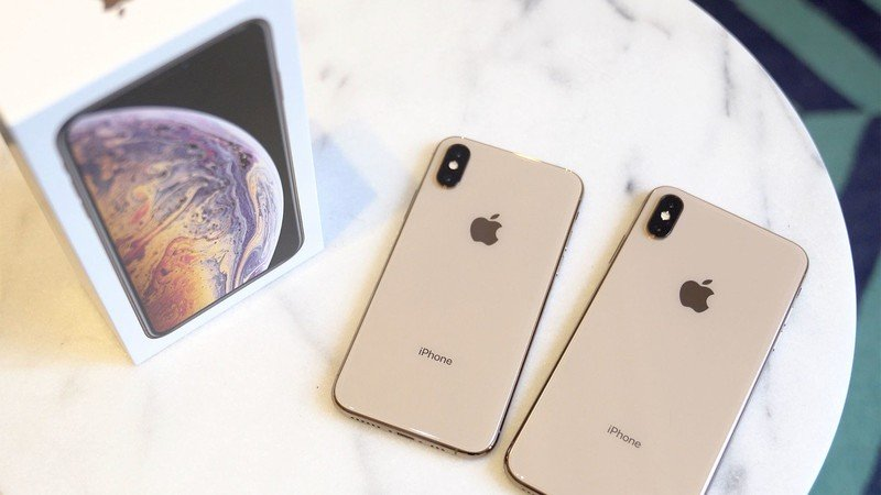 Best Stands for iPhone XS and XS Max in 2020