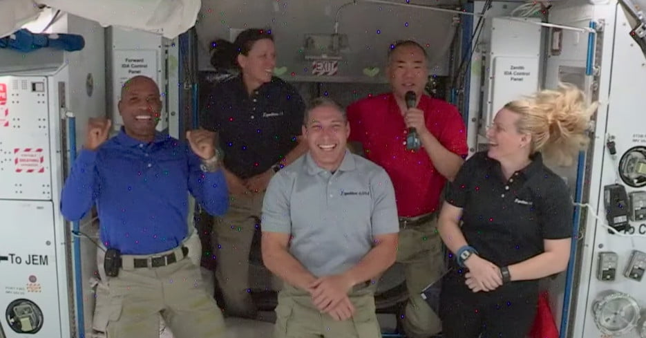Crew Dragon Is the Best, Latest ISS Arrival Tells Earthlings