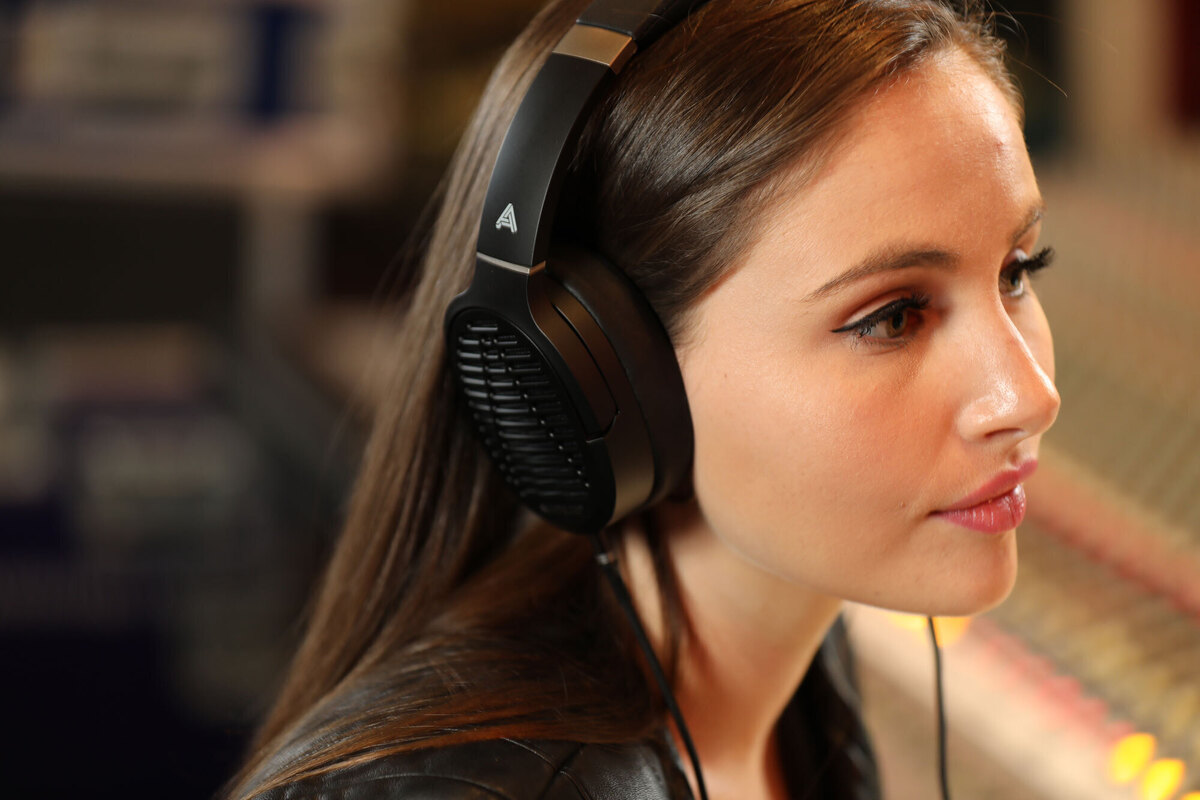 Audeze LCD-1 planar-magnetic headphone review: Nothing but the truth