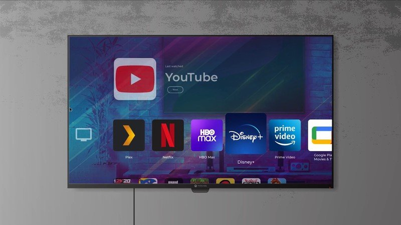 Motorola teases TV launcher and desktop mode, may come with Android 11