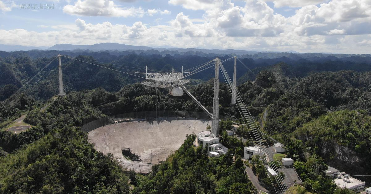 Drones captured the moment Arecibo's dish was destroyed
