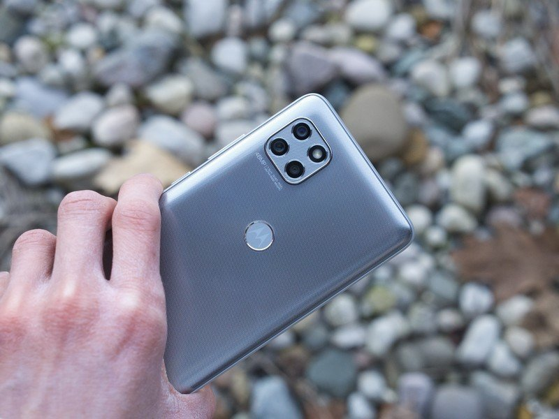 Motorola One 5G Ace review: $400 of wasted potential