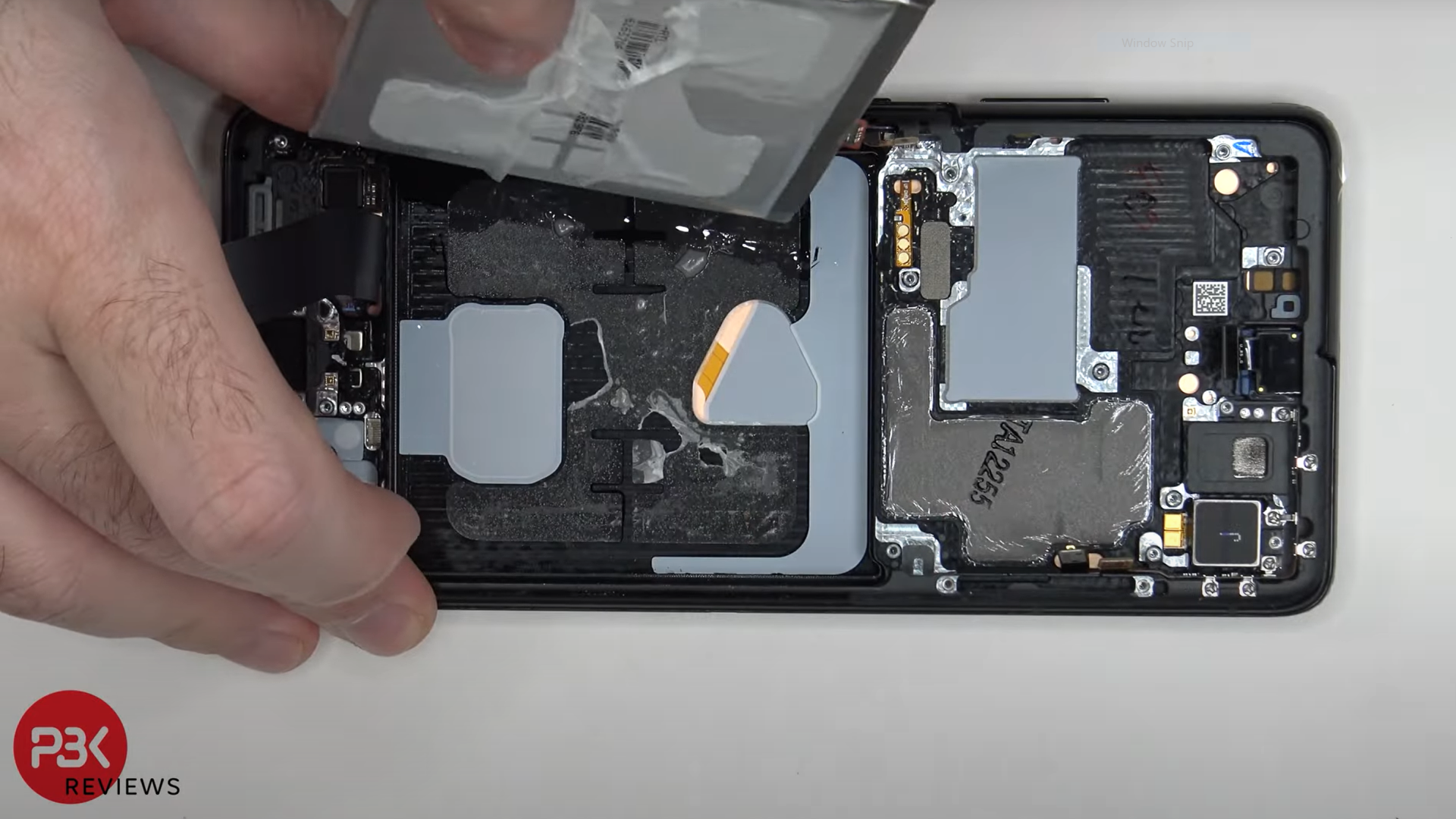 Samsung Galaxy S21 Ultra teardown suggests bigger is not always better for repairability