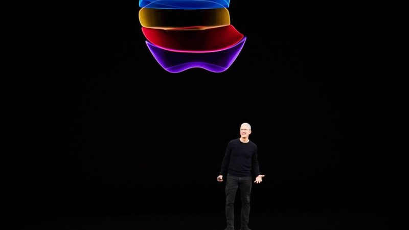 Apple to release mixed reality headset in 2022, analyst predicts