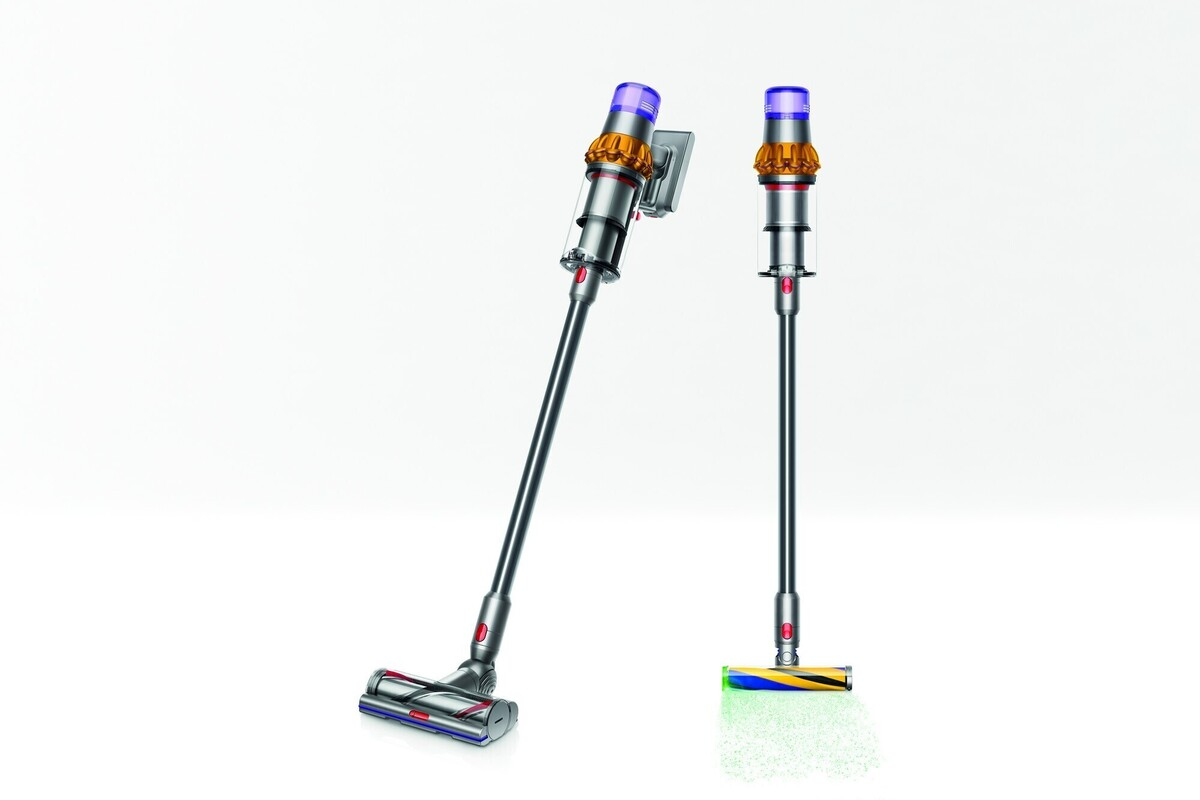 Dyson V15 Detect review: This convertible vac doesn't miss a thing