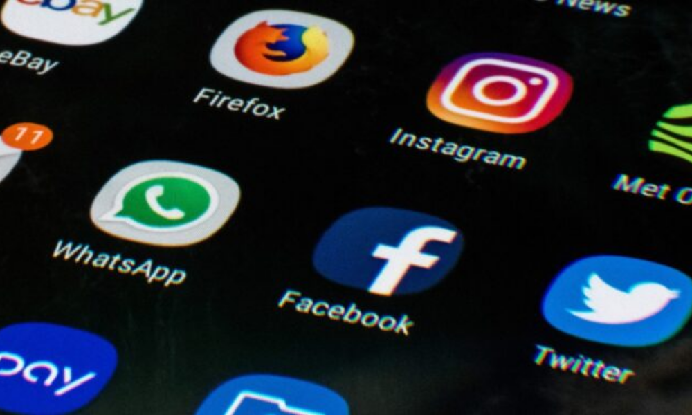 Facebook, Instagram and Whatsapp go down for some in second outage this week